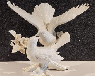 LENOX Porcelain Dove Wedding Cake Topper