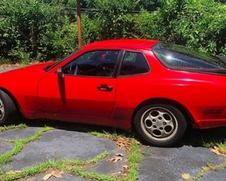1987 PORSCHE 944 TURBO.  More photos located at end of Photo Gallery.