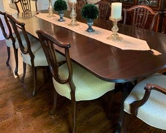 "Beautiful Formal Dining Table w/8 Chairs, 9ft w/2 extra leafs at 20"" each.  By:  Craftique"