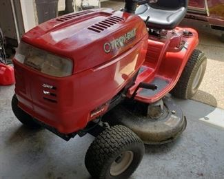 42in Tractor - Excellent condition