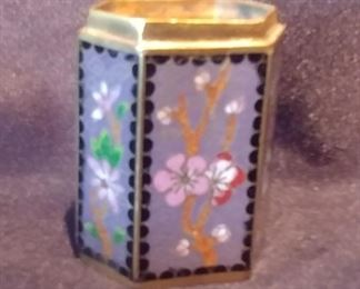"""50% OFF TODAY! Enamel Box no Lid 1.75"""" by 2"""" by 1.125 Asking $25.00"""