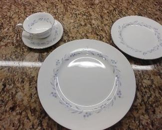 50% OFF TODAY! Royal Worcester Bone China England 'Bridal Wreath' 38 Piece: (9) Dinner Plates, (8) Salad/Dessert Plates, (6) Cups, & (15) Saucer Plates Asking $179.00