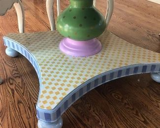 Base to round kitchen table - hand-painted pedestal base