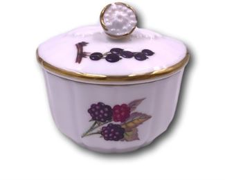 Vintage Royal Worcester covered trinket box. Bidding ends at 3 p.m. on 7-20-2020.  Register at https://auctions.mlestatesales.com.  Don't forget to check out our other auctions too!