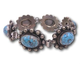Turquoise bracelet - needs repair. Bidding ends at 3 p.m. on 7-20-2020.  Register at https://auctions.mlestatesales.com.  Don't forget to check out our other auctions too!