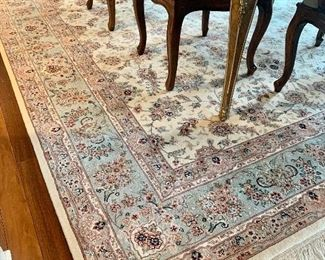 Quality Wool  Neutral Color  Area Rug