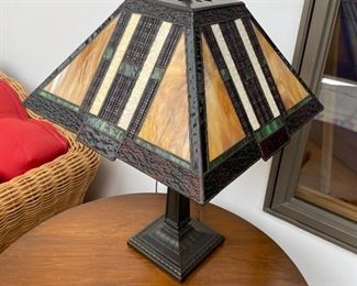 Arts & Crafts style lamp - glass shade
