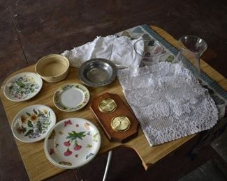 Plates, Lace, table runners