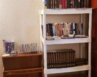 books, maple book shelving