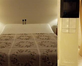 Temperpedic adjustable bed, Queen size, works well!