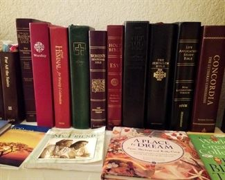 Bibles, Study Materials, Reference books