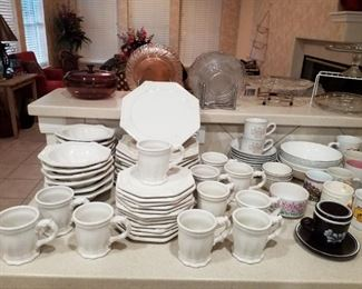 Lovely Dish Set