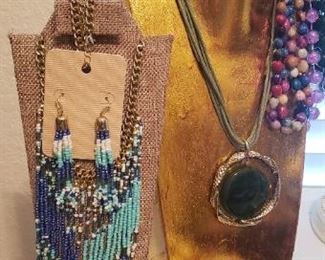 Costume jewelry, necklaces, brooches, pins