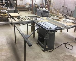 Rockwell 12 Table Saw with Attachments