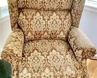 Lane Cherry Spoonfoot Upholstered Recliner Chair 34w x 32d x 40h $185