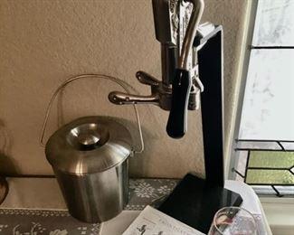 Frontgate Wine Opener
