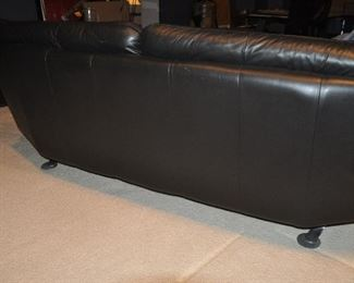 GREAT DETAIL ON THE BACK OF THE SOFA AND LOVESEAT!
