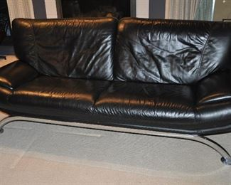 MID CENTURY MODERN 1970'S T&T SALOTTI BLACK LEATHER AND CHROME SOFA MADE IN ITALY. OUR PRICE $1695.00