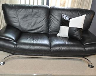 """FABULOUS MATCHING BLACK LEATHER T&T SOLETTI LOVESEAT, MADE IN ITALY  69""""W X 36""""D X 33""""H. OUR PRICE IS $1295.00"""
