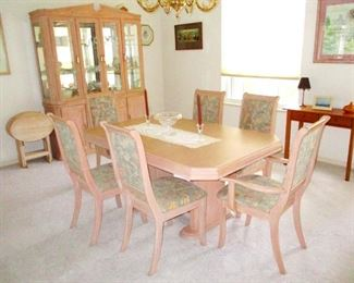 Galley style dinning table with 6 matching chairs & hutch