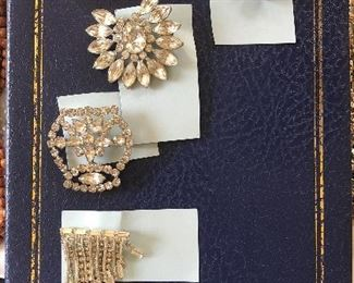 vintage rhinestone pins / brooch