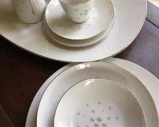MCM Sango china set