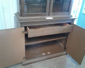 2 Pc Wooden Hutch