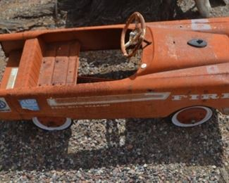 VINTAGE METAL CHILDRENS CAR