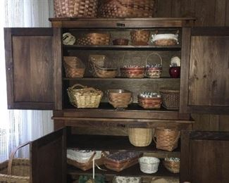 Baskets and hutch
