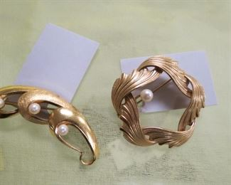 Beautiful gold filled brooches.