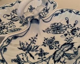 "Alternate view - Meissen Blue Onion Shell Divided Dish - $50 - 11"" x 9.5"""