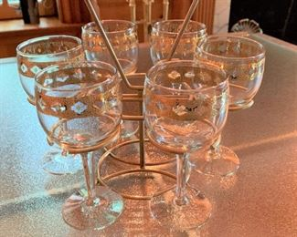 Caddy with gold encrusted wine glasses - $15