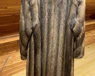 Alternte view - Mink Coat - $400 - Size 7