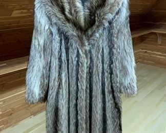 Raccoon Coat - $400 - Size 7