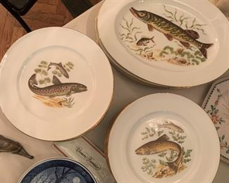 "Set of JWK Bavaria Fish Plates and Platters - $300 - 24 Plates at 10"", 4 Platters at 15""x11"""
