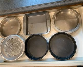 Lot of baking pans $20