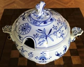 "Meissen Blue Onion Tureen - 12""H x 9""D x 14""W - $125"