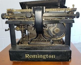 Antique 1912 Remington Typewriter Standard 10 number #RX04429 with dust cover ;operational  (11 inches wide, 15 inches deep, 12 inches tall); $175
