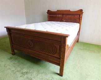 Antique full size bed! Its a beauty