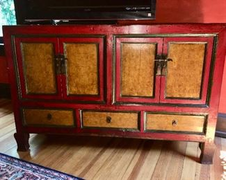 Fine antique Chinese lacquered painted chest/cabinet