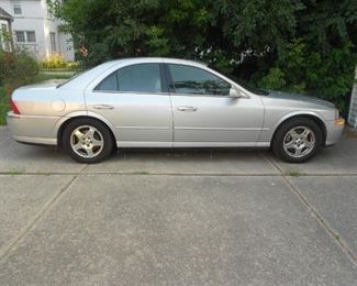 2000 Lincoln LS Side