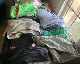 Women's clothes $1 each
