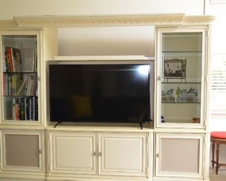 Wall Unit / Entertainment Unit - Can separate. Using 2 end pieces or just the middle base