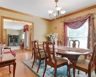 Cherry wood dining room suite including tea table and buffet