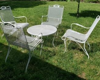 006 Wrought Iron Chairs  Table