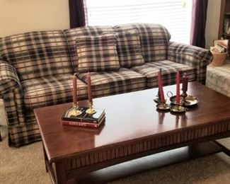 Great couch and Thomasville coffee table