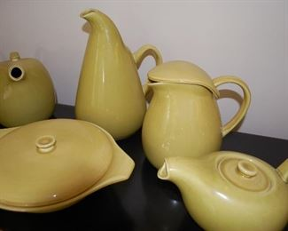 "Russel Wright ""Chartreuse Curry"" stoneware"