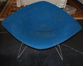 Diamond Bertoia Knoll chair with original upholstery (4)