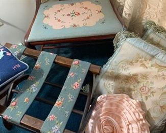 5 Pillows, Luggage Rack, Vanity Stool