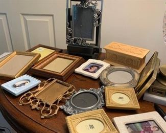 Small Picture Frames, Wood Box
